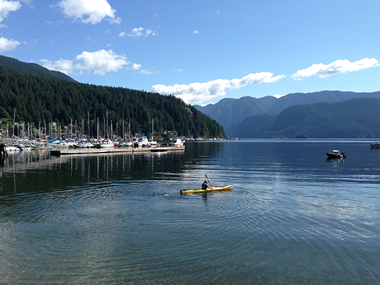 deep-cove-kayaking_02