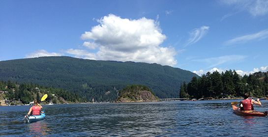 deep-cove-kayaking_03