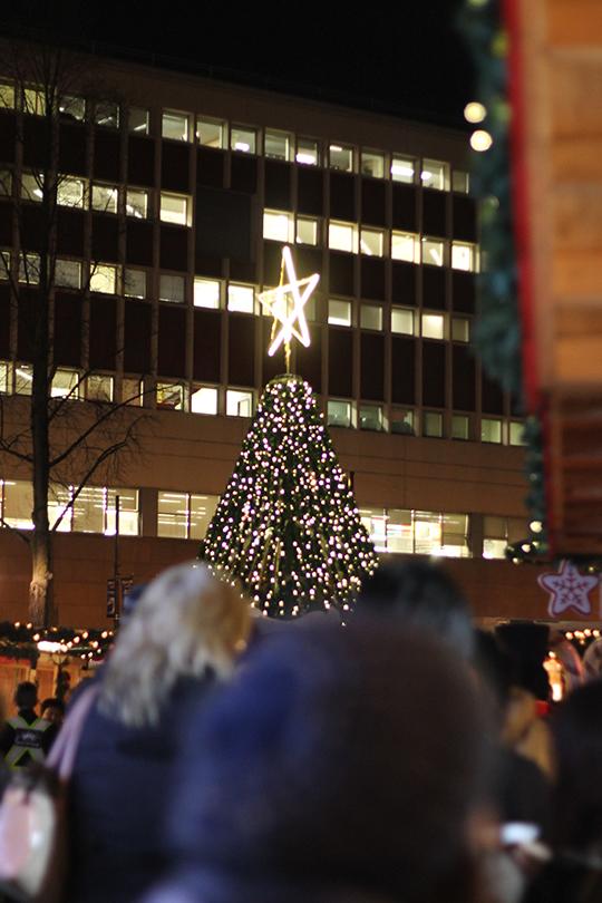 German-Christmas-market_04