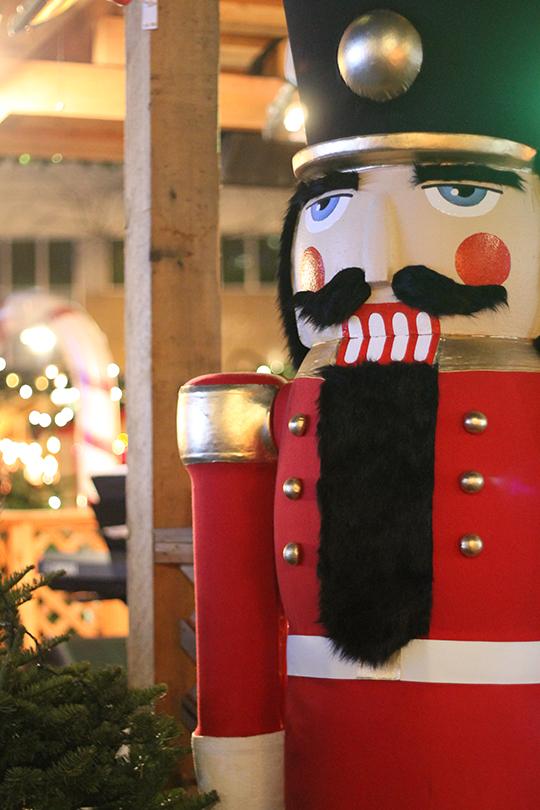 German-Christmas-market_05