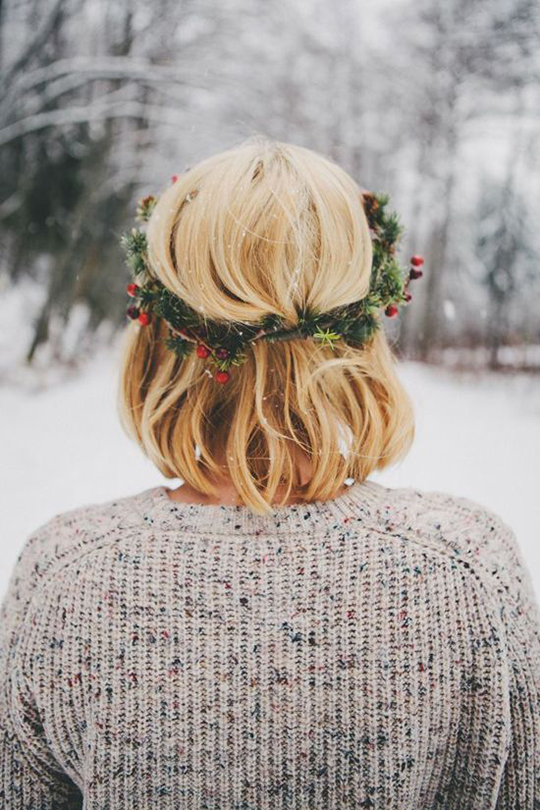 Holiday-Hair-Wreath