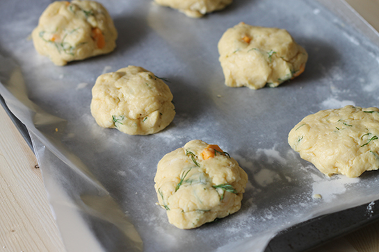 dill-cheese_scone03