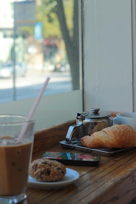 gene-cafe_01